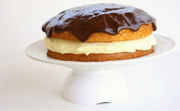 Boston Cream Pie - easy and