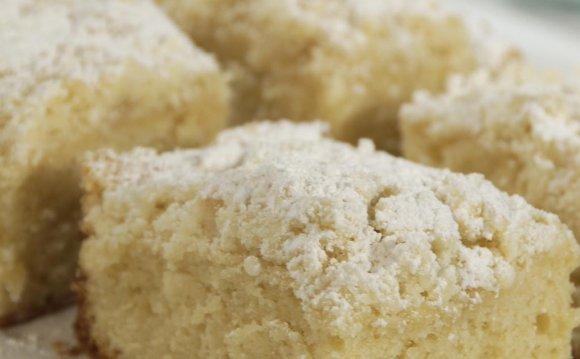 Classic Crumb Cake Recipe