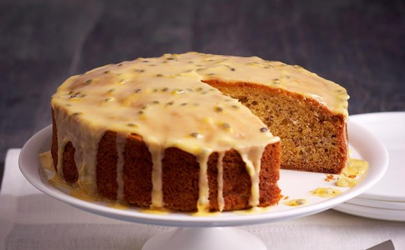 Dairy-Free Banana-Date Cake