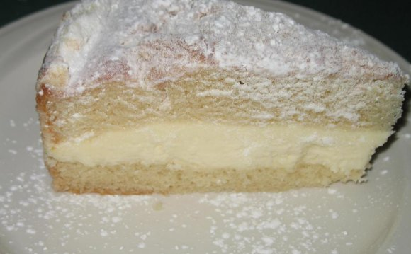 Meal: lemon cream cake.