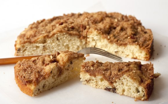 D s coffeecake. Topping