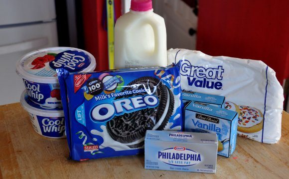 Oreo Dirt Cake | the seeds you