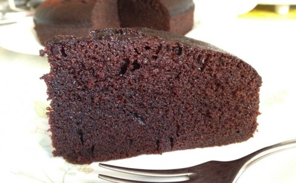 Moist Chocolate Cake recipe with Mayonnaise