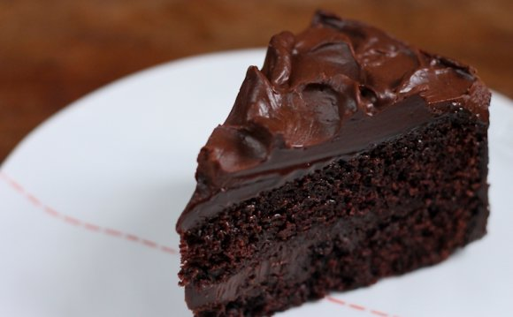 Easy Chocolate Cake Recipes from scratch