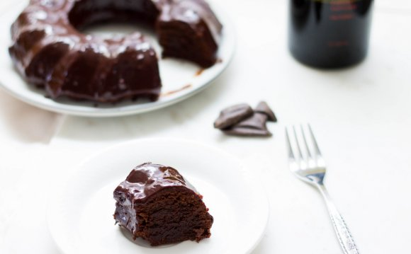 Chocolate Cake Glaze recipe