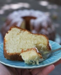 How To Make Timeless Sour Cream pound-cake
