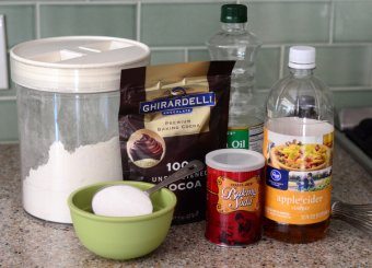 Ingredients for example Bowl Chocolate Cake