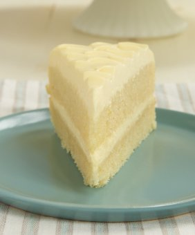 Lemon Cream Cake is an all-out lemon dessert knowledge! It is therefore deliciously cool, creamy, and downright fabulous! - Bake or Break