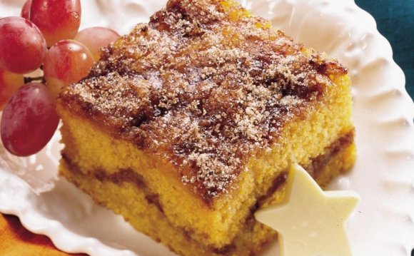 Pumpkin Coffee Cake {Recipe}