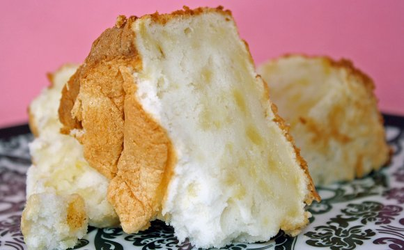 Angel Food cake with crushed pineapple recipe