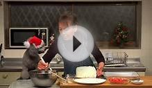 How to Make Christmas Cake (Strawberry Cake Recipe